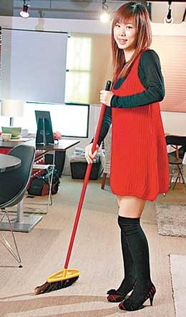 初一為掃帚生日,全日不能動用掃帚,否則會掃走運氣。(資料圖片)
