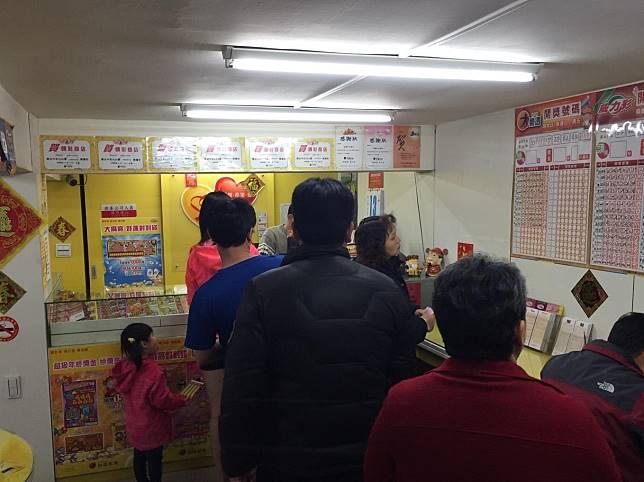 ▲台灣彩券公司統計,2007年至2018年止,3星彩及4星彩已開了3549期,其中3星彩的1000組號碼,還有28組組從未開出過。(圖/NOWnews資料照)