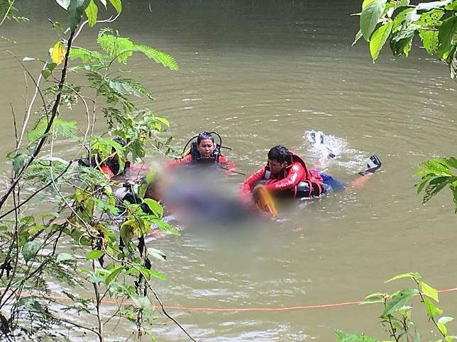 หนุ่มวัย24เจอตำรวจขอตรวจฉี่วิ่งหนี ตกคลองดับ ญาติไม่พอใจเชื่อตำรวจทำเกินกว่าเหตุเตรียมเอาเรื่องถึงที่สุด