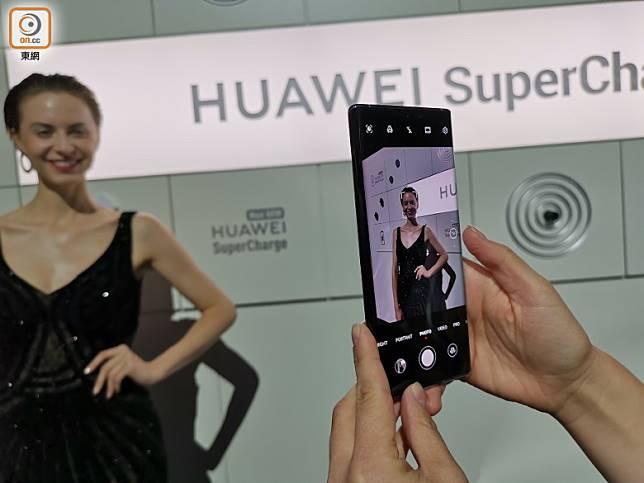 拍攝介面與其他HUAWEI手機相約,唔難適應。(林子聰攝)