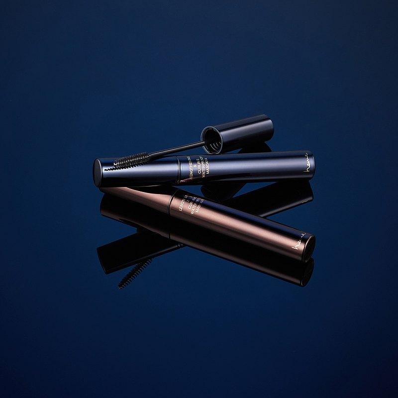 heme纖長捲翹睫毛膏,添加2mm仿真纖維,一刷瞬間拉長睫毛,柔和放大雙眼。