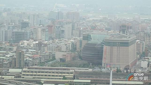 〈台北京華城開標〉底價380億元今開標 無人投標宣告流標