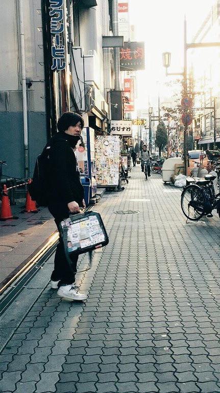 岡崎体育の財布だいしゅうごうだわいわい