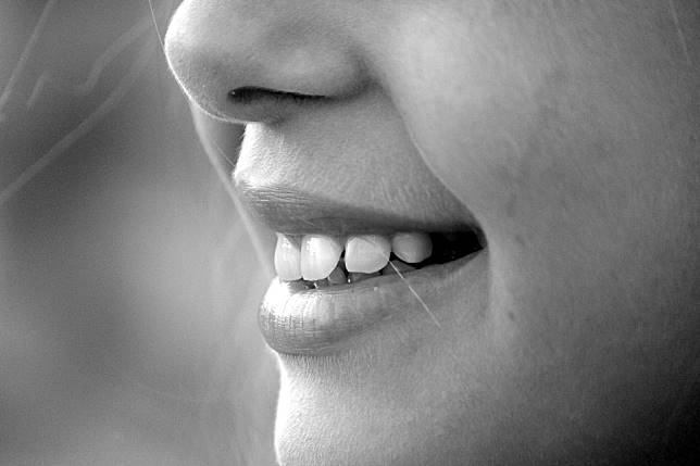 孩子「一口牙不整齊」怎麼辦? 醫:別錯失8至14歲黃金觀察治療期