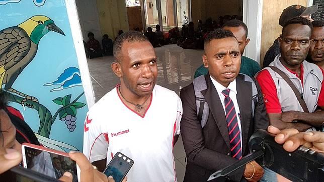 Ketua Asrama Papua di Makassar, Antoni. (Medcom.id/Muhammad Syawaluddin)