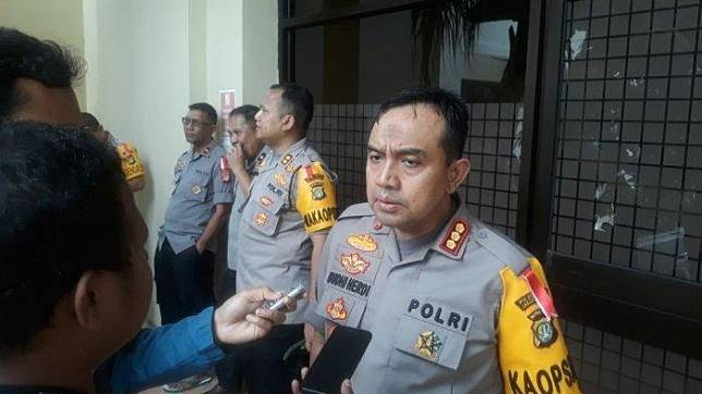 Polisi Pinjaman Online Ilegal Di Pluit Fitnah Korban Jika