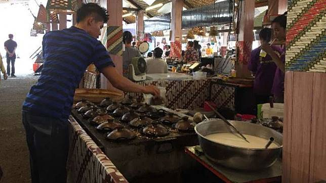 Kuliner di Kampoeng Tempo Doeloe
