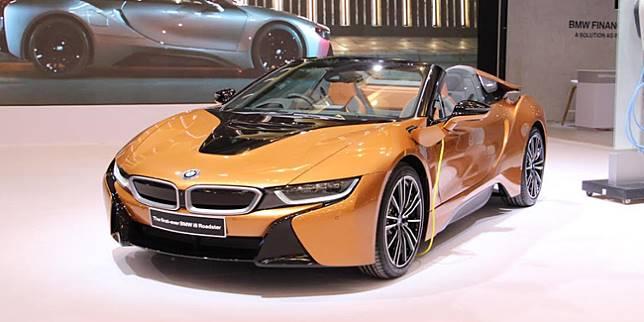 BMW i8 Roadster (Otosia.com/ Nazar Ray)