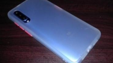 [手機殼]淘寶低價手機殼大亂鬥 || 四種共五個便宜手機殼主觀評價