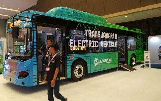 Ilustrasi bus listrik Transjakarta