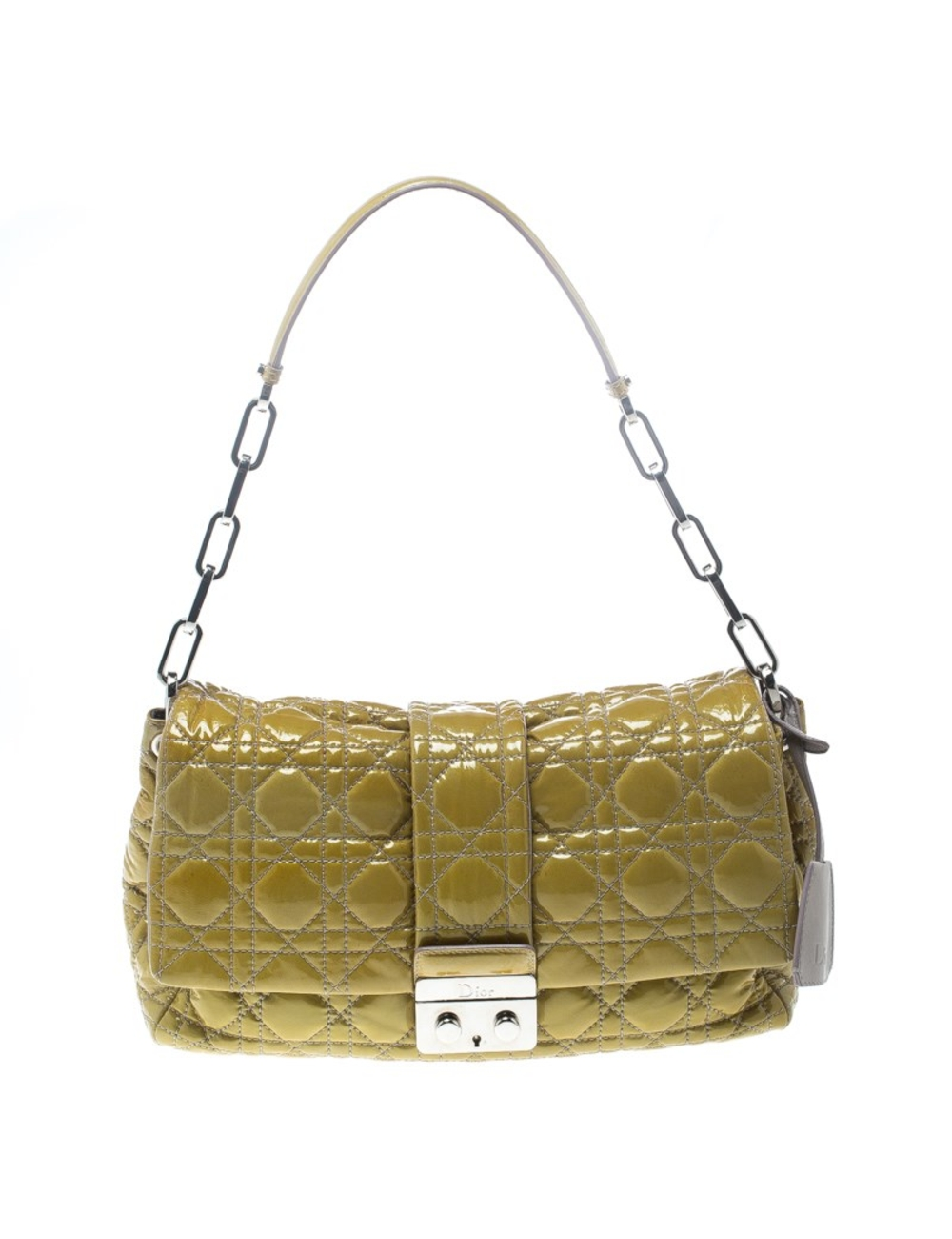 This Dior flap bag was named after New Look which was actually coined by Christian Dior himself. Daz