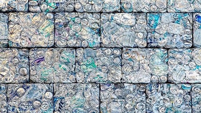 Plastiqube, Inovasi Batu Bata India dari Sampah Plastik