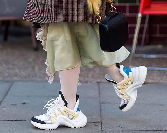 6 Sepatu  Bapak-bapak  Milik Desainer yang Harganya Selangit a8d2d54255