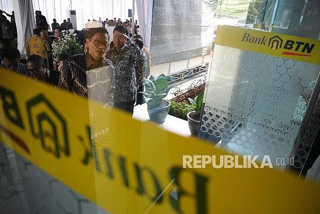 PT Bank Tabungan Negara (Persero) Tbk telah membuka seluruh kantor layanan mulai 2 Juni 2020. Hal ini sesuai dengan arahan pemerintah  terkait antisipasi skenario new normal.