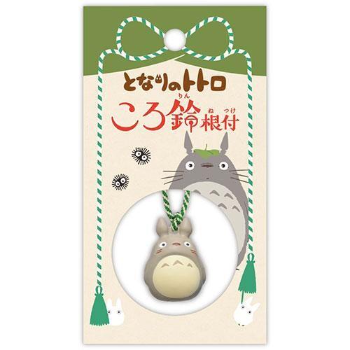 吉卜力人氣龍貓吊式 特別設計專屬鈴音、專屬吊繩 掛飾/鑰匙圈/吊飾/擺飾 尺寸:6.5×12×2cm 材質:黃銅、聚酯纖維 產地:中國