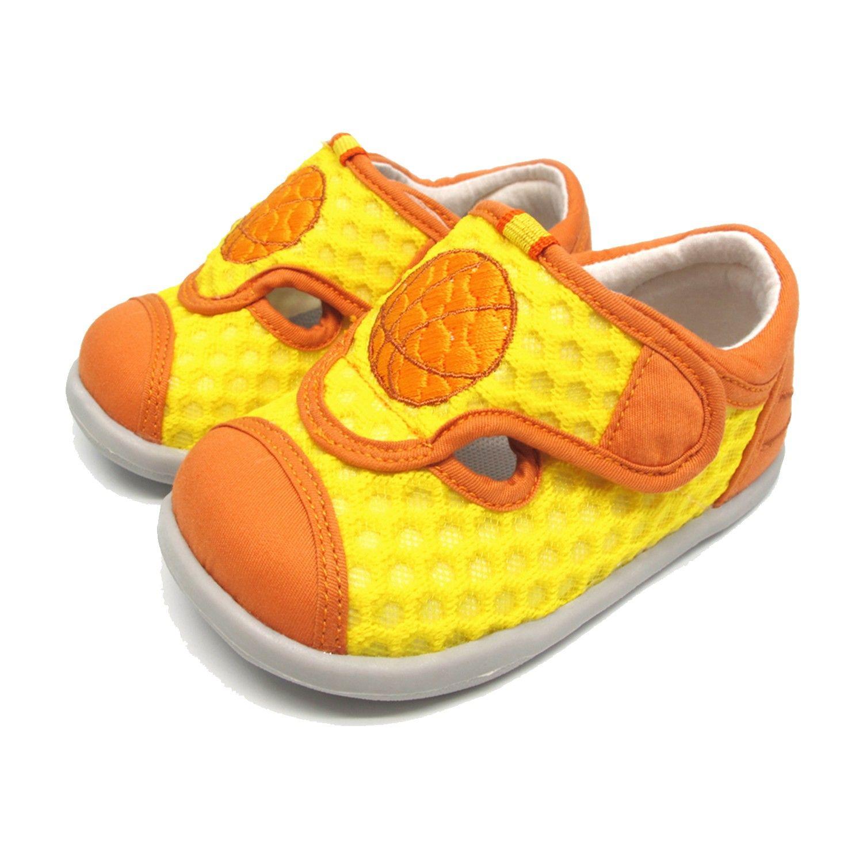 Dr. Apple機能學步鞋。專為孩子軟足設計的日本童鞋,12.5~22cm 尺寸齊全。輕量橡膠鞋底►軟硬適中,防滑耐磨。機能鞋墊►腳趾凹陷設計,預防扁平足、拇指外翻。抗菌咖啡紗材質,防臭排汗、吸濕速
