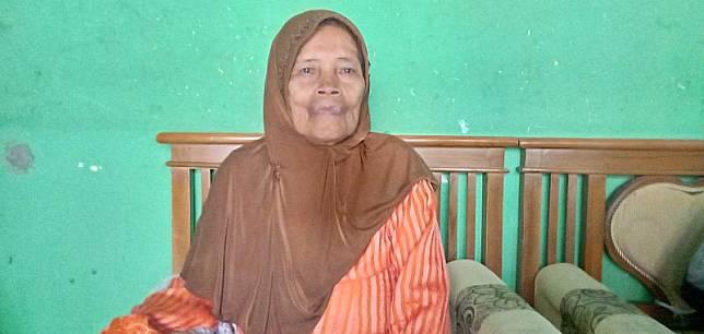 Cerita Pedagang Sayur Berusia 80 Tahun yang Batal Naik Haji