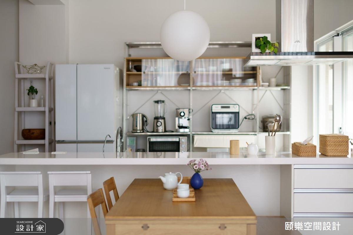不鏽鋼收納架還可以運用在廚房空間,好組裝以及容易搬運特性推薦給租屋族或迷你廚房用