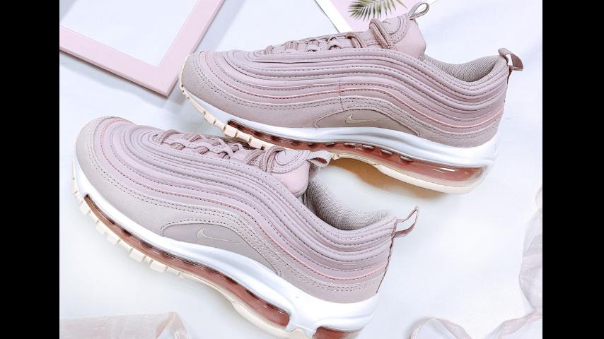 神秘又溫柔的粉紫色正流行!2019 必敗 7 款薰衣草紫球鞋