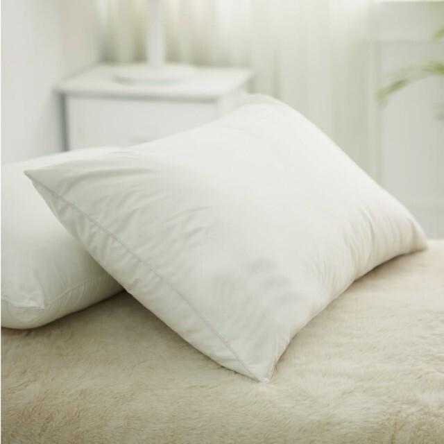 並通過瑞士OEKO-TEX國際環保認證,同時搭配Microlite-MF77超細纖維填充,具防潮、抗菌、透氣特性,適合在意睡眠品質之中高枕頭使用者。 ∎ Microlite 系列商品,於2016年初,