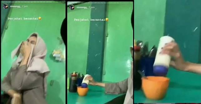 Video viral dua gadis menuangkan banyak garam ke sambal di salah satu warung makan