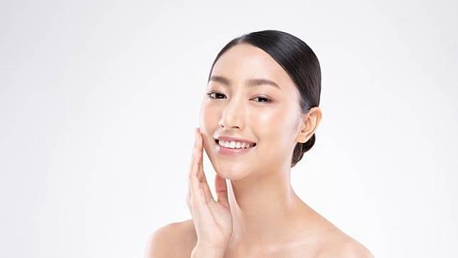 Hindari Menggunakan 5 Produk Skincare Berikut di Area Mata