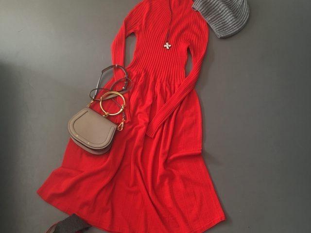 1c6763467889e UNIQLO UとIDEE POOL いろいろの服「冬の赤ワンピ」 (LEE) - LINEアカウントメディア