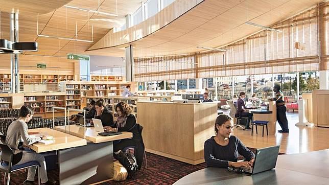 8 ห้องสมุดเปิดใหม่สุดสวยจากทั่วโลก สวรรค์ของหนอนหนังสือ