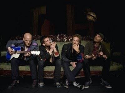 "Coldplay Perkenalkan MV Dari Singel ""Everyday Life"""