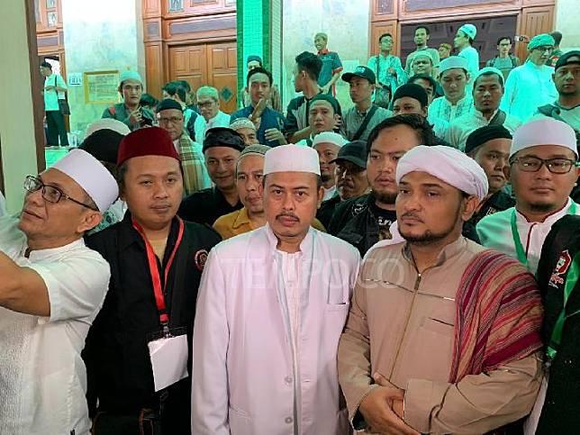 Ketua Umum Persaudaraan Alumni 212 Slamet Maarif usai acara Dzikir dan Munajat Akbar Mujahid 212 di Masjid Agung Sunda Kelapa pada Ahad, 13 Oktober 2019. Tempo/Adam Prireza