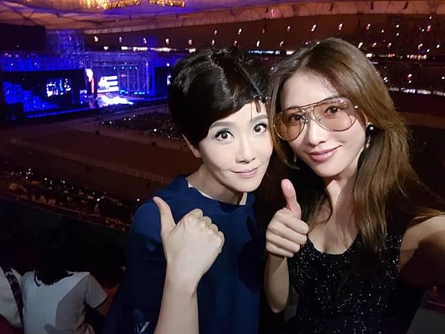 ▲林志玲和寇乃馨是好姊妹。(圖/翻攝臉書)