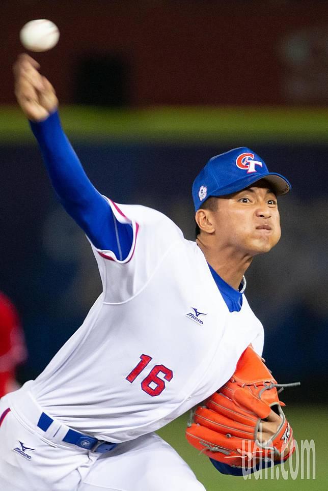 受新冠肺炎疫情影響,包含劉致榮在內,不少旅美球員暫時停止訓練返台。