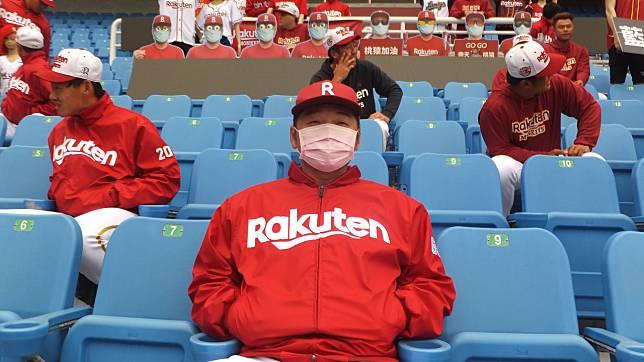 猿隊備戰新球季,總教練曾豪駒希望球迷透過電視為他們加油。記者藍宗標/攝影