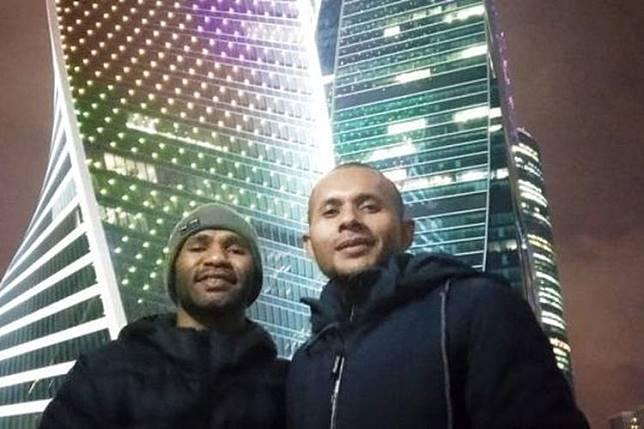Ones dan Rex Rumabar, mahasiswa Papua yang mendapat beasiswa di Moscow. (dok pribadi Onesimus)  Artikel ini telah tayang di Kompas.com dengan judul