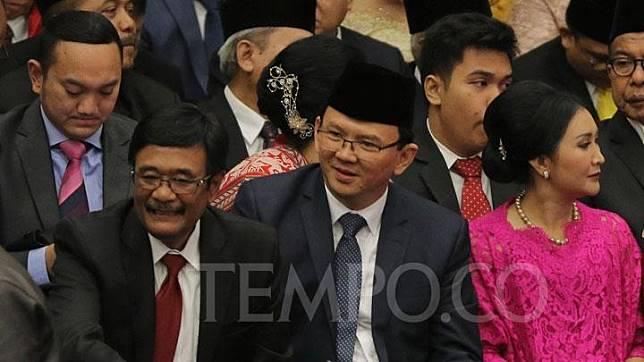 Mantan Gubernur DKI Jakarta Basuki Tjahja Purnama atau Ahok tiba di Gedung DPRD DKI Jakarta, Senin, 26 Agustus 2019. TEMPO/Muhammad Hidayat
