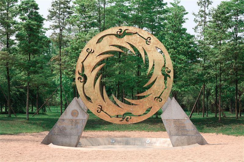 金沙遺址的象徵太陽神鳥,被選為中國文化遺產標誌,曾隨著神舟6號進入太空。(圖片來源:欣傳媒)