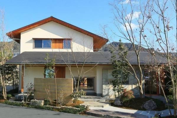 10 Inspirasi Ciptakan Hunian Indah Ala Jepang, Bikin Betah di Rumah!