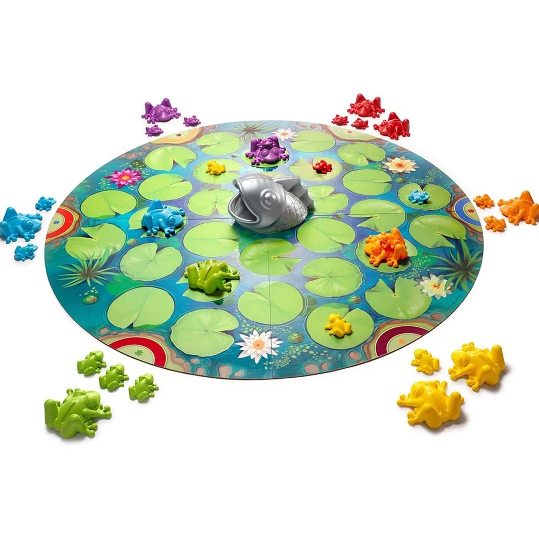 好玩又有趣的多人盤面遊戲。造型可愛的青蛙與大魚角色,讓孩子容易理解玩法。不同難度的玩法,適合全家大小或朋友一起同樂。增進彈性思考、計畫與執行的能力、提升專注力與解決問題的能力。。★2020年美國專業玩