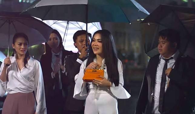 Kincir Awards Adegan Film Indonesia Paling Bikin Cringe 2018 Kincir Com Line Today