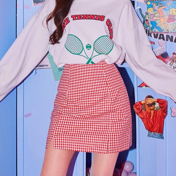 細細的小方格搭配小開衩 可愛度還有活力感滿分~ 搭配T恤就超好看~ 這款是後腰伸縮+拉鍊喔 ✔icecream12韓國直營蝦皮商城 ✔韓國空運直送 ✔正品保證