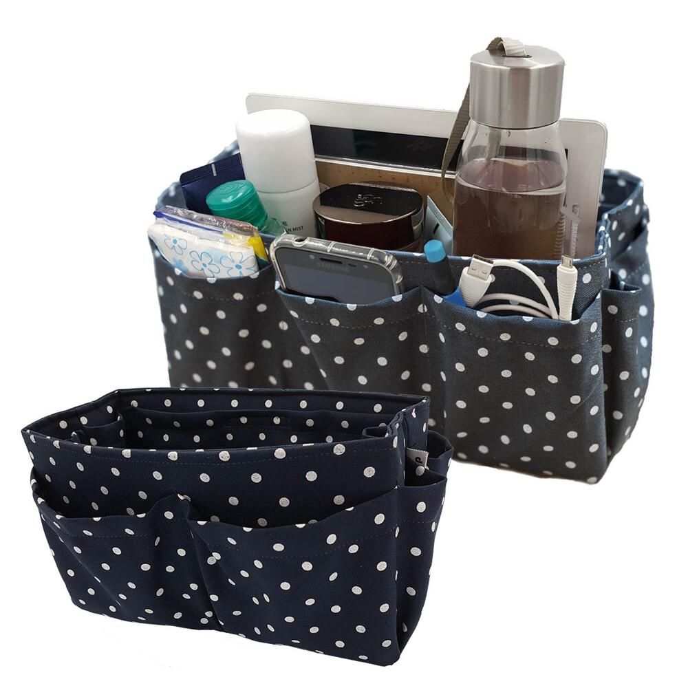 大包包的好處就可以裝很多東西,但東西雜亂放在一起也特別容易碰撞磨損,而且翻起東西也真夠麻煩的;有了多格包中包收納袋 袋中袋收納包就不同了,各種小東西都可以讓它們各就各位、排排站好進到專屬的收納格中,只