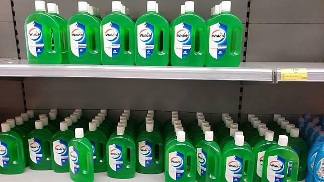超市有消毒水、洗手液、搓手液到貨。