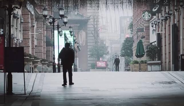 ▲武漢封城後 24 小時內部畫面公開。(圖/翻攝自 YouTube )