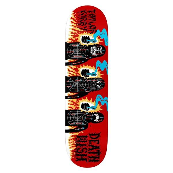 Deathwish Skateboards從70年代和80年代的邪教電影和媚俗雜誌封面中汲取靈感。Deathwish Skateboards的品牌名稱靈感來源於由Charles Bronson主演的V