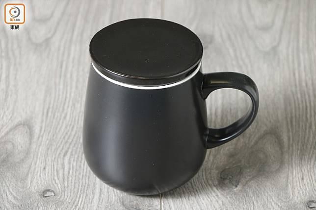 杯身可以單獨保溫4小時,讓溫度長期保持在59℃。(郭凱敏攝)