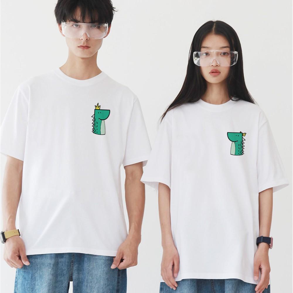 左胸 公恐龍 母恐龍 短袖T恤 2色 短tee 衣服 短T 寬鬆 韓 t 情侶裝 情侶【快速到貨】