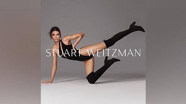 Kendall Jenner jadi model kampanye musim gugur Stuart Weitzman. Instagram/@kendalljenner
