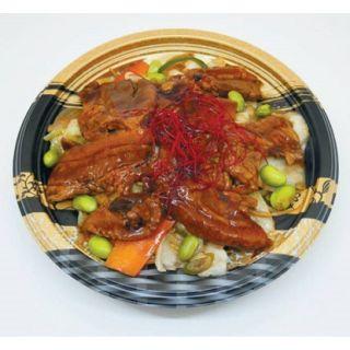 1/3日分の野菜が摂れる豚とろ炭火焼丼