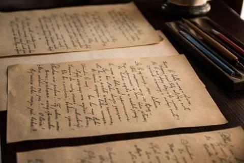 Surat Cinta yang Terlupakan Jadi Kado Terindah untuk Wanita Lansia Ini (2)
