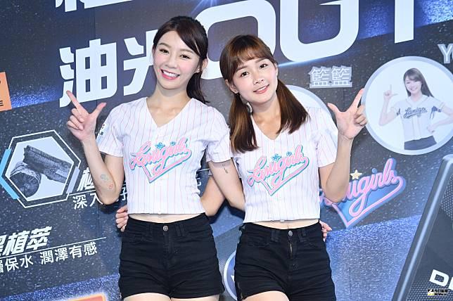 ▲Yuri陳怡叡(左)和籃籃(籃靖玟)出席活動。(圖/記者林柏年攝2019.07.21)